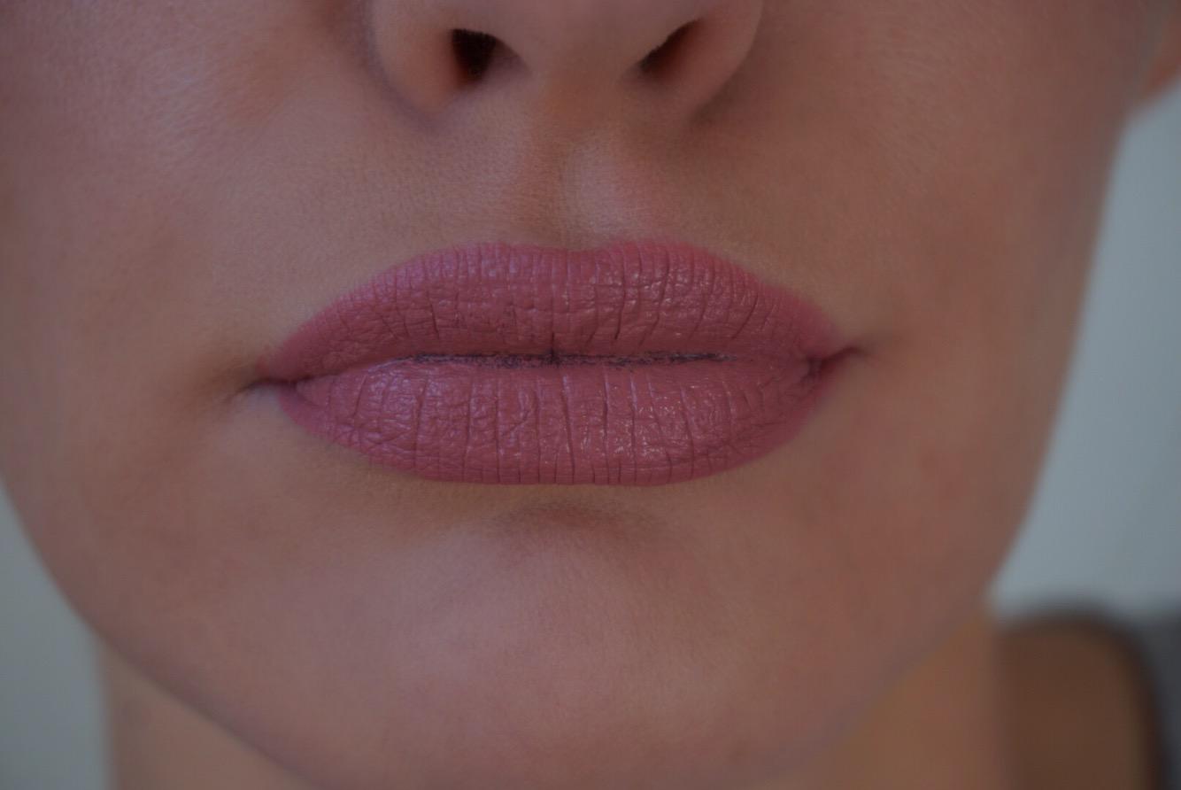 Jouer Lip Creme Swatch Lychee